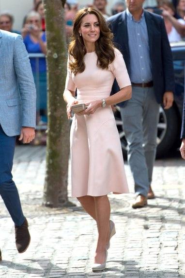Kate-Middleton-Lela-Rose-dress